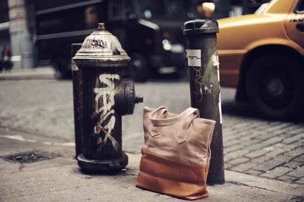 Morado tassen en accessoires